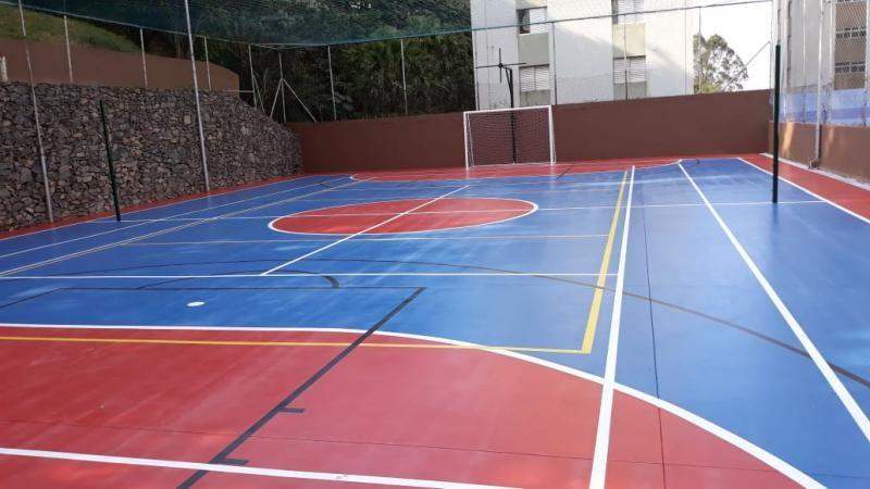 Pintura de quadra esportiva