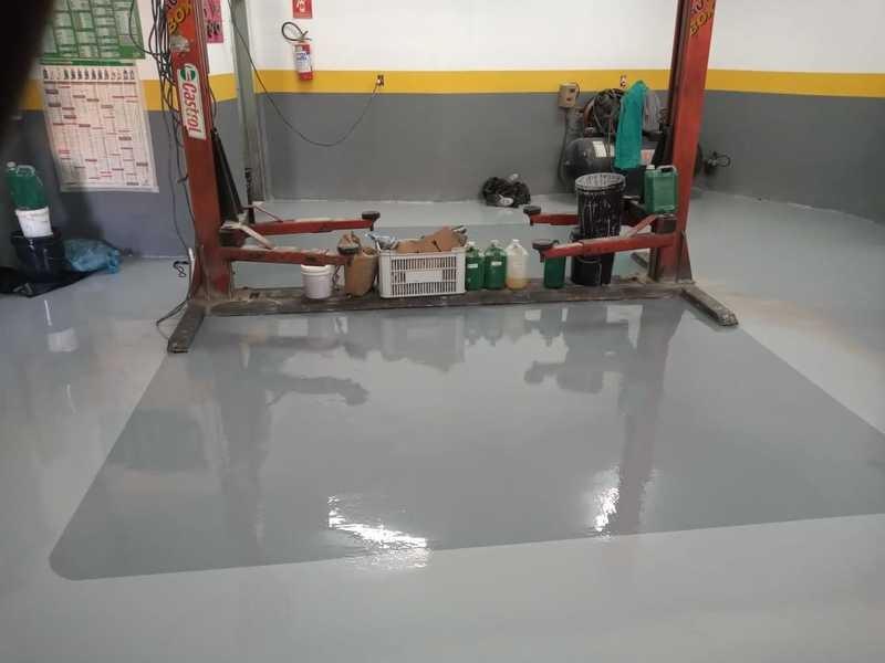 Revestimento epoxi para piso industrial