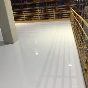 Pintura de piso epoxi autonivelante