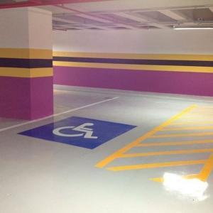 Tinta para demarcação de garagem